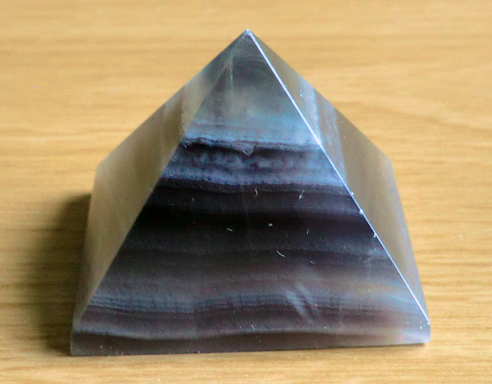 Crystal Pyramid 14 37mm Square